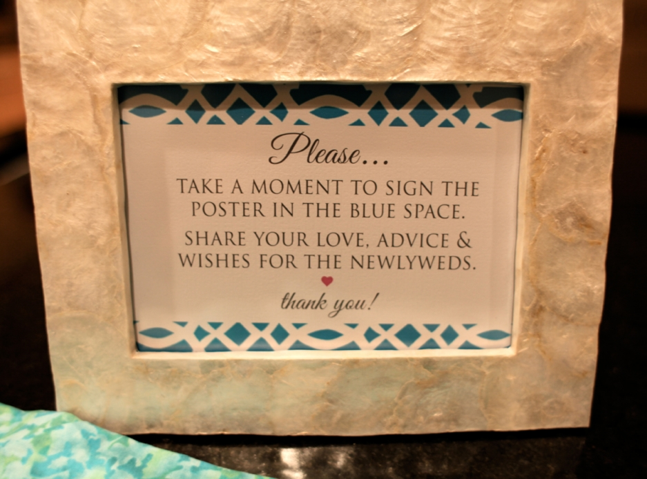 wedding frames to sign wedding tips and inspiration